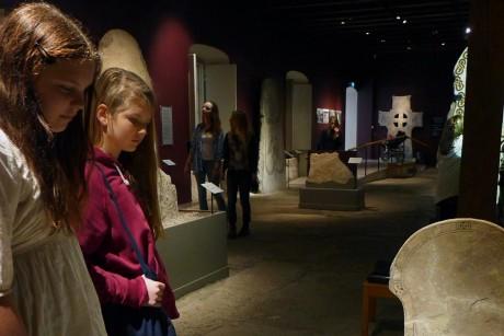 https://www.gotlandsmuseum.se/wp-content/uploads/2020/02/Bilstenshallen-NG.jpg