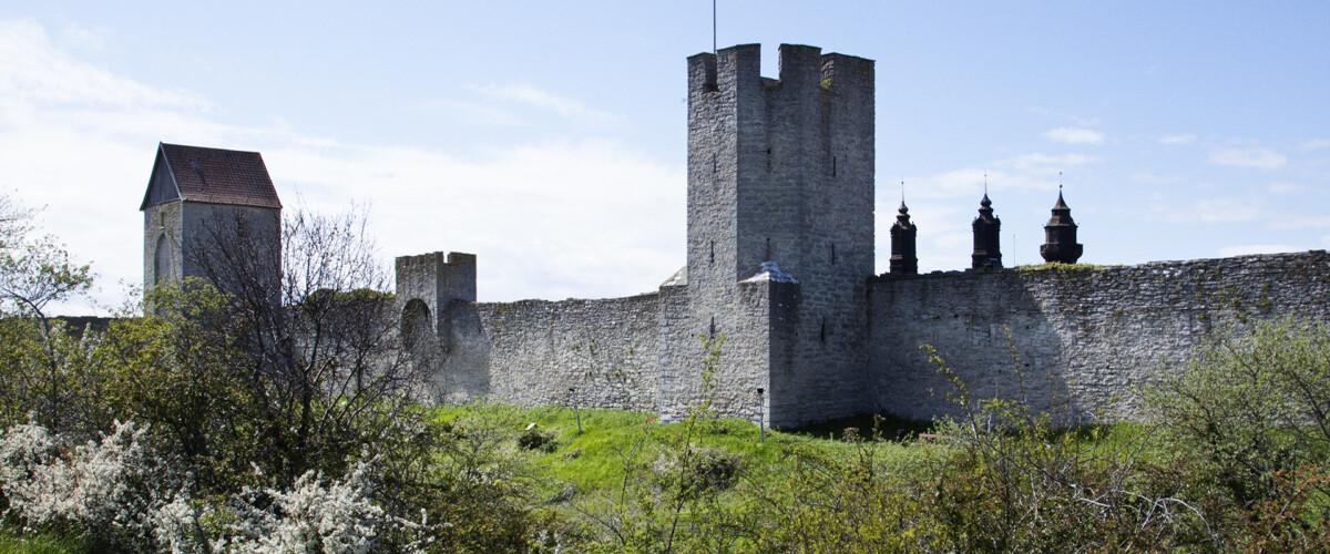 Staden bakom muren