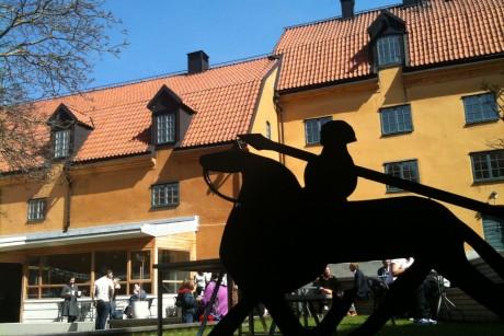 https://www.gotlandsmuseum.se/wp-content/uploads/omoss-stodoss-01.jpg